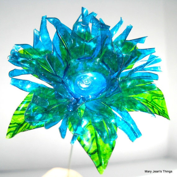 Water Bottle Flowers: Upcycled Turquoise Blue Fantasy Flower Made Of Plastic Water