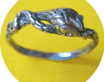 Snake Ring (solo)