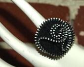 Adjustable Zipper Rosette Ring - Black 01