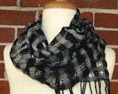 Cotton Handwoven Openwork Scarf - Gray & Black