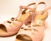 1950s pale pink wedges size 7 1/2 or 8 Cobbies 50s swing summer sandals sling back peep toes
