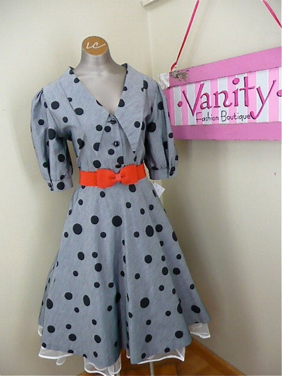 Absolutely adorable polka dot dress size medium/large