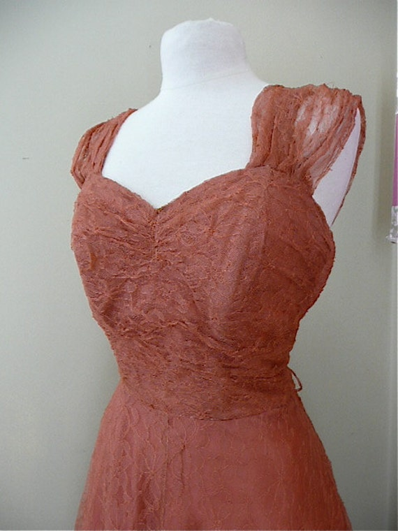 1940s Intricate lace party dress size medium rose pink 1940s swing gown hollywood glamour