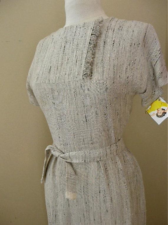 50s wiggle dress Vintage Mad Men dress 1950s fringed dress grey oatmeal Rockabilly size medium 36 bust 28 waist
