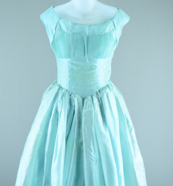 Outstanding 1950s party dress size small mint green Crisp organza accordion pleat bust 50s mad men SUPER FULL skirt Cupcake