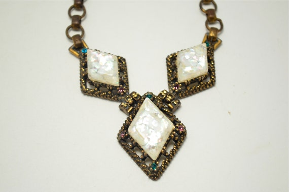 1950s unusual Confetti necklace brass ivory 50s unsigned SELRO harlequin chain link Pastel