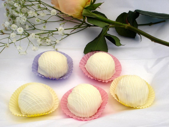 Cake Balls: Wedding White Bitty Bites