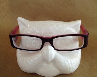Perch Your Specs On This Cute Little Owl Eyeglass Holder