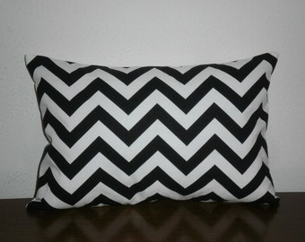 SALE.Free Domestic Shipping. Decorative Pillow Cover -Lumbar 12 X 18 inch Zig Zag in Black and White