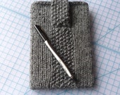 Dark Grey Kindle 3 or Nook Cozy