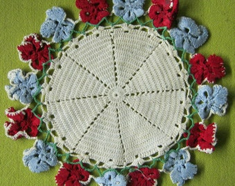 Charming Vintage Crochet Crocheted Doiley Pansies FREE SHIPPING