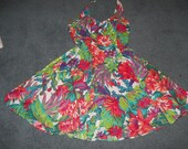 Summer halter in vivid colors with petticoat of tulle flowered and girly