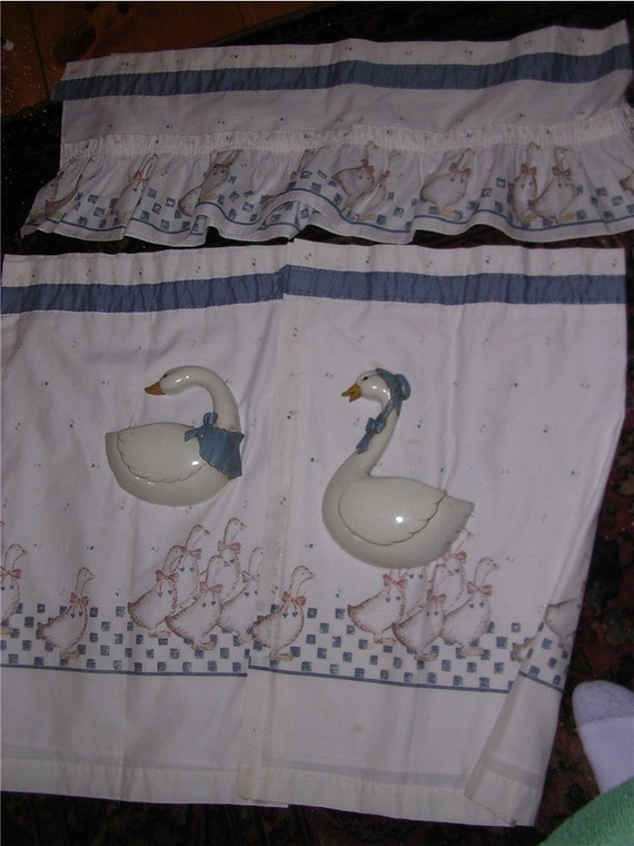 Vintage Blue Goose Kitchen Curtains With Valance By