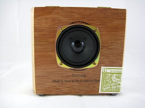 Amplified Cigar Box Speaker for iPod, MP3 Player, or Computer