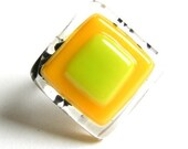 Lemon-lime squares fused glass ring with a twist