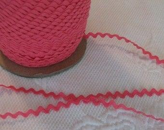Vintage Cotton Ric Rac - Bright Rose Pink - 5 Yards - 6 Dollars
