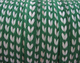 Vintage Green And White Heart-Like Design Braid - 5 Yards - 6.00 Dollars