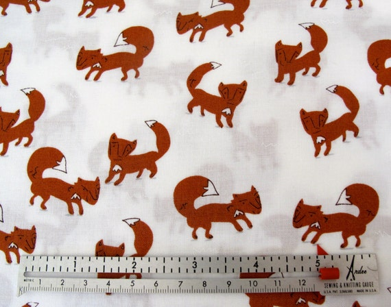 LAST 1/2 Yard - A Walk In The Woods -The Fox- Icing (white) -  By Aneela Hoey For Moda - 3.00 Dollars