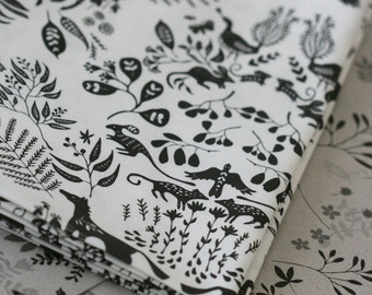Snowy River Damask - Small Piece - Black on White