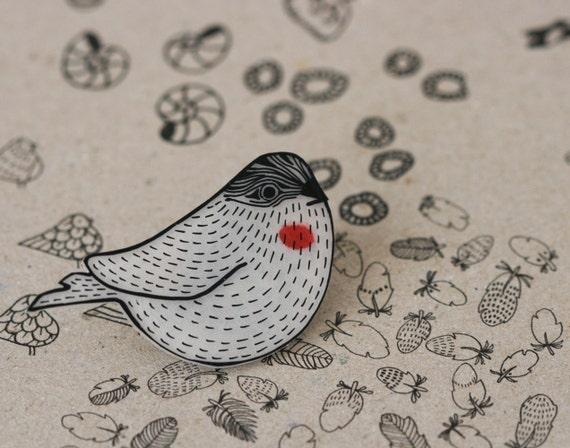 Woodgrain Sparrow Pin