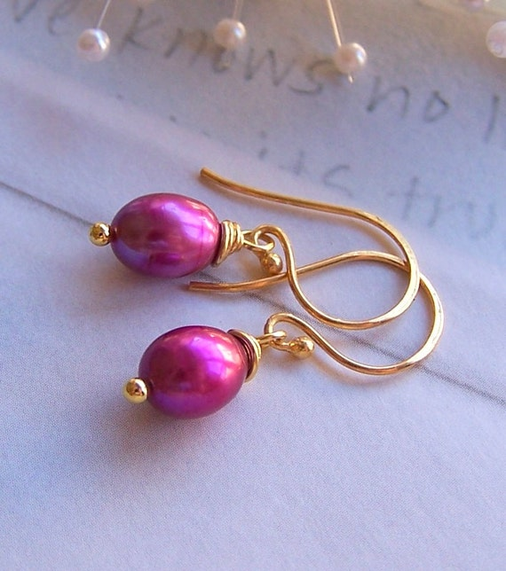 Fuschia Pearl Earrings - Gold Vermeil and Genuine Pearl - Bridesmaids Gift - Bridal Party Jewelry - 2059