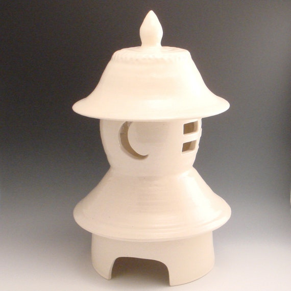 Items Similar To Lantern Ceramic Pottery Japanese Style Garden Lantern On Etsy