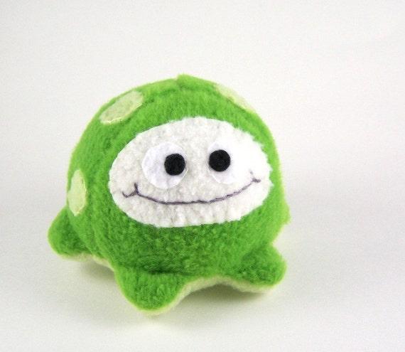 Little Green Fluffcrobe