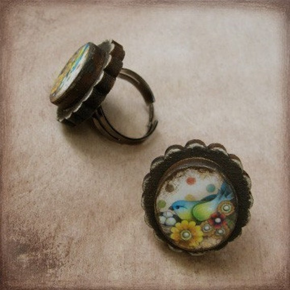 Treasure Bird Wooden Cameo Ring