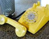 Honey Bee Vintage Yellow Rotary Telephone