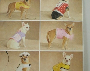 Small Dog Clothes pattern  Simplicity 2393 Dinky Dogs