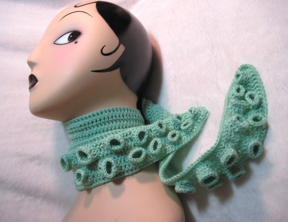 Tentacle Scarf in Seafoam Green