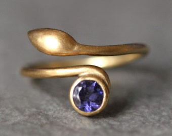 Leaf Ring in 14K Yellow Gold and Iolite