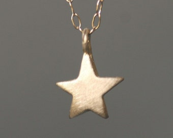 Star Necklace in 14K Gold