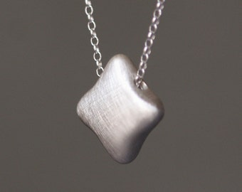 Quatrefoil Necklace in Sterling Silver