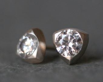 Triangle Solitaire Stud Earrings in 14k White or Yellow Gold with Diamonds, 1 CT TCW