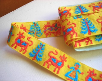 Vintage Sewing Trim, Woven Trim, Bright Yellow Novelty Trim, Jacquard Trim, Scandinavian Milkmaid and Cow, Animal Trim, 1 inch Wide, 2 yards