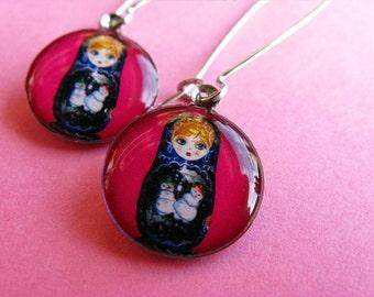 Little Matryoshka - Russian Doll Kidney Wire Earrings - Pink Magenta