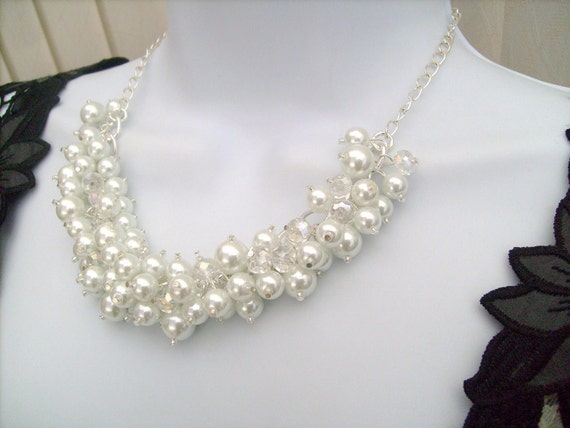 Bridal Jewelry, Beaded Necklace, Cluster Pearl Beaded Necklace, Cluster Necklace , Chunky Pearl Necklace, White Pearl Bridal Jewelry