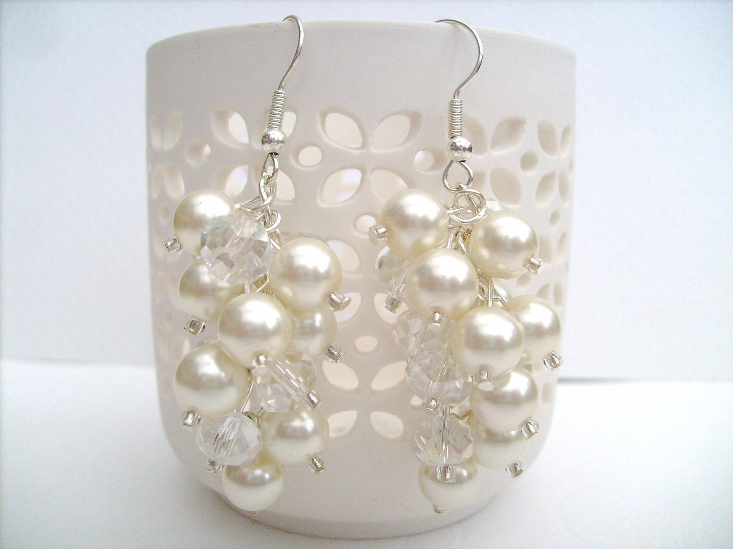 Ivory Pearl Cluster Earrings Bridal Pearl Earrings Beaded