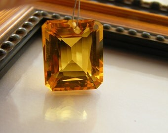 Lemon Quartz Fancy Emerald Cut