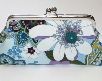 Kisslock Clutch Purse Bridesmaid Clutch Purse Blue White Lavender Bloom Bridesmaid