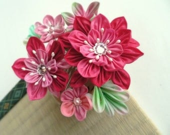 Hot Fuchsia Hibiscus Bouquet -- Fabric Flower Comb Kanzashi - Made To Order