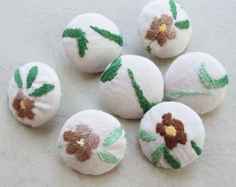 Fabric Covered Buttons - Hand Embroidered Vintage Cotton - 7pc