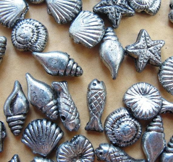 Underwater Metalized Beads