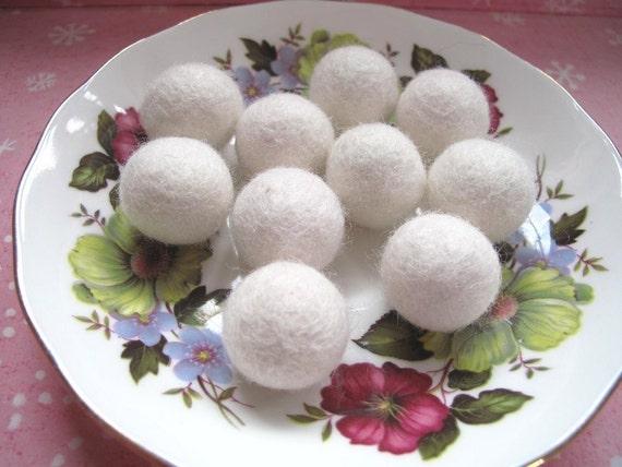 Felt Balls x10 White Rabbits 2cm