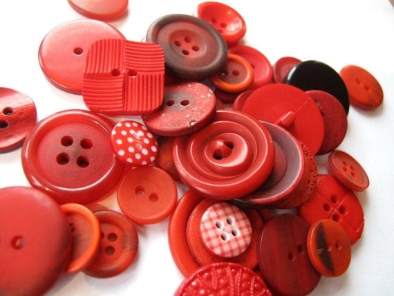 Buttons in bright Poppy RED 50g x buttons