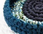 Raindrop Rag Basket - Crochet Fabric Strips