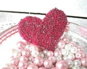 Sparkly, Glittered Heart Clip in Pink - Shabby chic and Shiny