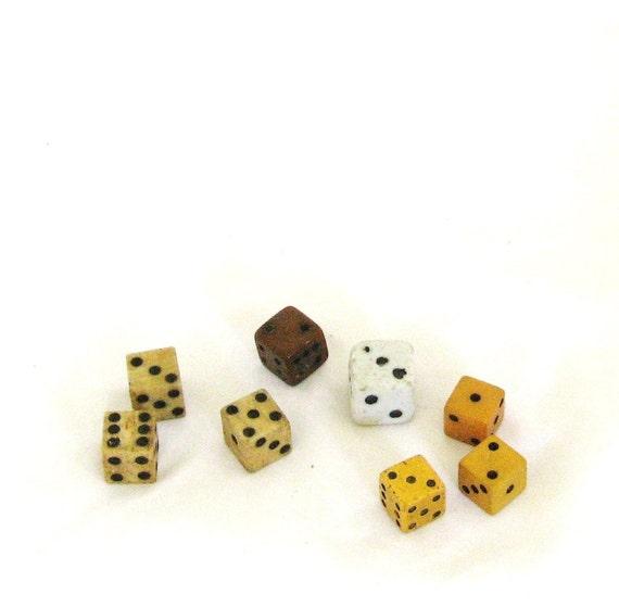 Dice, dirty, old, 8 pieces, game pieces, C, destash