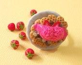 Strawberry Heart Waffle ring, Waffle Adjustable Ring, polymer clay Waffle ring, Waffle jewelry, wafer ring, sweet ring, dessert ring
